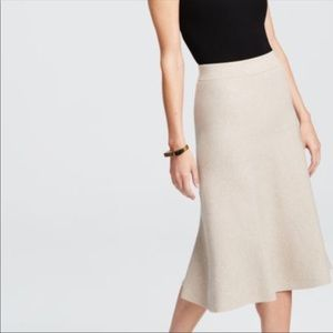 NWT Ann Taylor MIDI A Like Sweater Skirt Sz Large